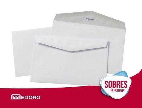 Imagen de SOBRE RETRATO  MEDORO 1012 BLANCO 15 X 23.5  C/250